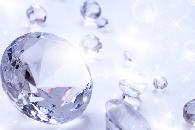 アクセサリーや宝石
