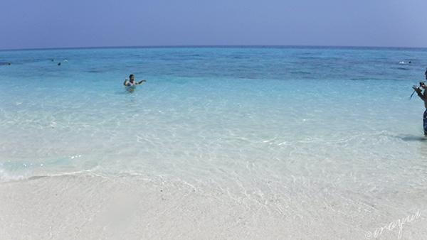 なぜ空は青いのか、なぜ海は青いのか