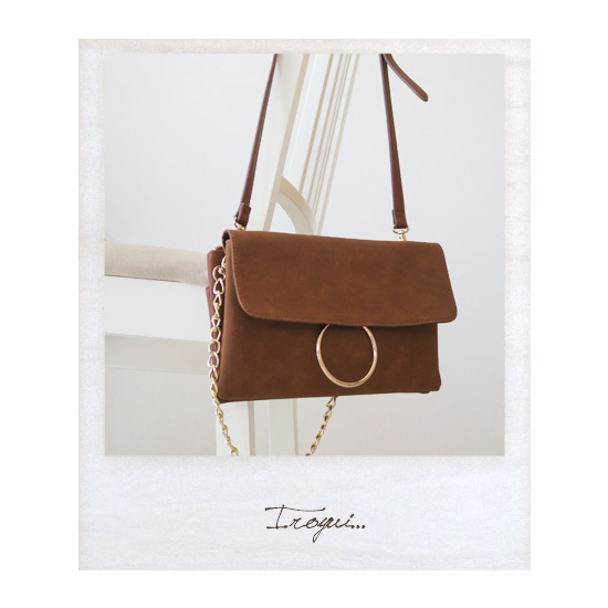 プラステのテラコッタのバッグ