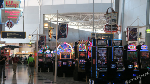 ラスベガス空港内のカジノ
