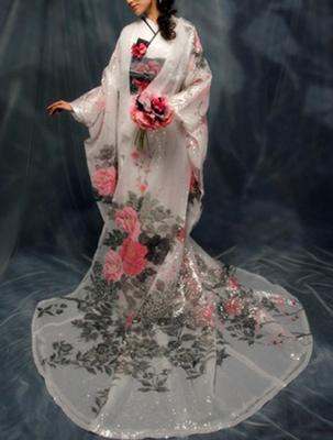 花嫁のブライダルパーソナルカラーの着物